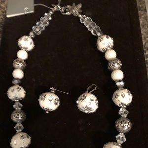 Jewelry - One of a kind necklace with earrings. Silver clasp